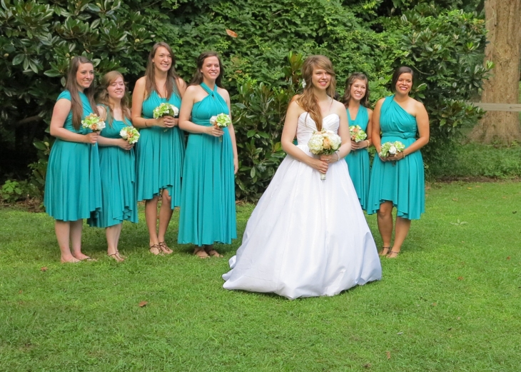 Anna and the bridesmaids